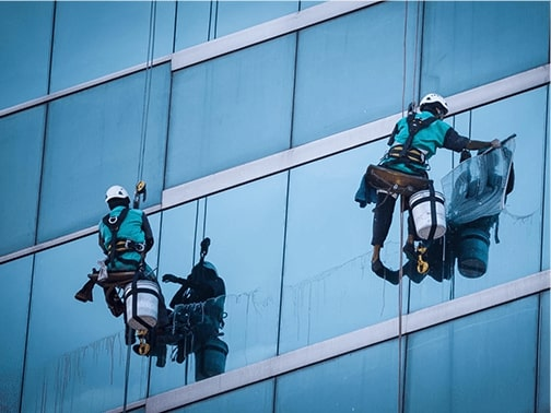 Why Is Rope Access Cleaning Preferred Over Other Ways Of Cleaning?